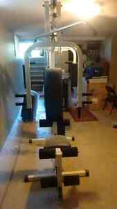 Home workout gym 200$ obo