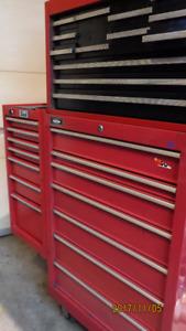 GROS coffre a outils base+ tete  extention 27 pouces 26 tiroirs