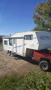 Kustom koach  26 foot Fifth Wheel holiday trailer