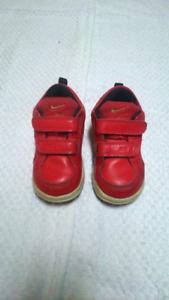 Nike Red Dragon Infants Shoes Size 7C, roughly 24 month old