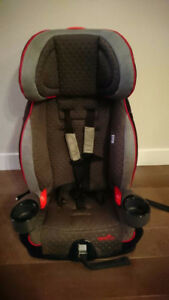 Booster / car seat