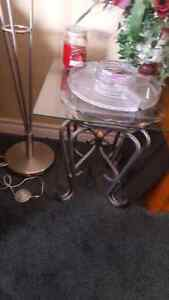 glass coffee table with end table. Cambridge Kitchener Area image 1