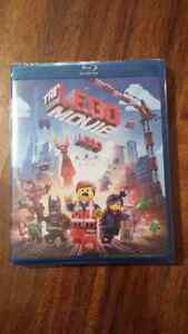 Lego movie, despicable me 2, monster high blue ray disc