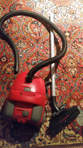 Electrolux Z7510 Vacuum Cleaner