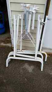 FOLDING METAL TABLE LEGS London Ontario image 1