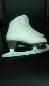 Jackson Classique Figure Skates
