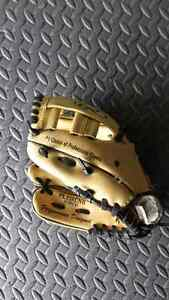 Youth right handed ball glove