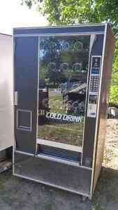 Vending machine and pop machine for sale