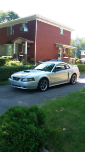 Ford Mustang GT 2004
