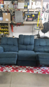 Beautiful blue recliner couch need gone price reduced