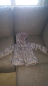 Girls old navy frost free coat - size 3