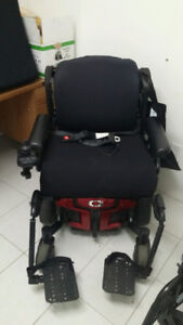 Quantum Rehab Q6 Edge HD Electric Wheelchair