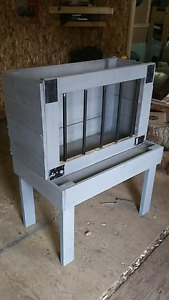Miniature Horse Feeder
