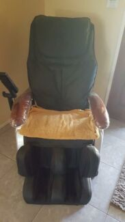 Massage chair in excellent condition. Hardly used