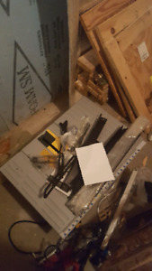 Mastercraft table saw. All parts included.
