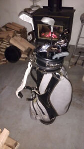 LEFT-HAND GOLF CLUBS , With new bag, Never Used ! $99.