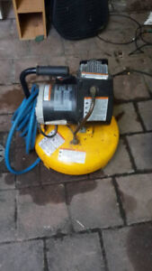 1.5 hp 4 gallon ''pancake'' air compressor - tools - by owner
