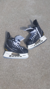Patin Hockey BAUER SUPREME usagé (taille 6R)