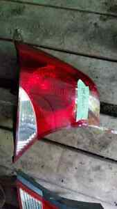 2004 ford focus tail lights