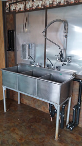 Triple stainless sink + taps