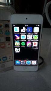 Apple iPod 6   32Go