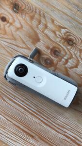 Camera Ricoh theta S
