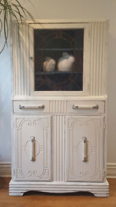 **FREE DELIVERY** Vintage China Cabinet