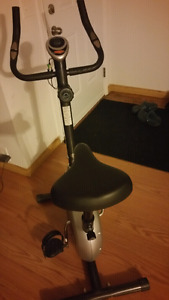 Exercise bike (tempo fitness )