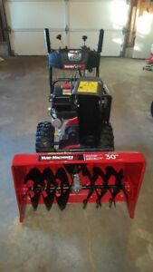 New ...........Yard Machines 30 in Snow Blower!!!!!