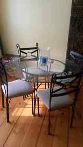 GLASS DINING TABLE AND (4) CHAIRS London Ontario image 2