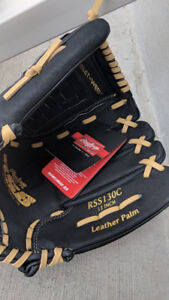 Genuine Rawlings RSB 13 in Outfield Glove (Right Hand)
