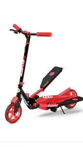 Y Evolution Pedal Scooter