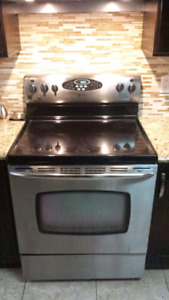 Maytag electric stove and oven