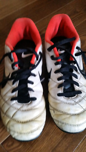 Soccer Shoes - size 4