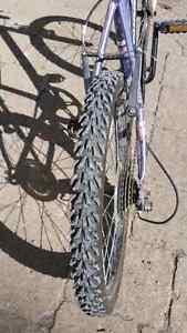 Girls 20 inch mountain bike  Kawartha Lakes Peterborough Area image 4