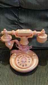Téléphone Hello Kitty