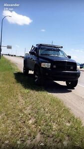 2003 Dodge Ram 1500 5.7 hemi cash or trade