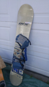 ride Snowboard with bindings