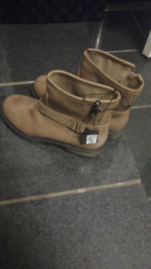 Forever 21 boots for sale