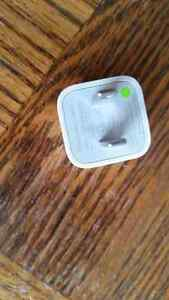 APPLE I PHONE CHARGER