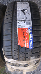 Brand new mechelin tires . 225/45 R17
