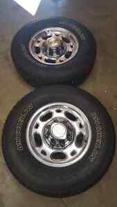 Chevrolet 2500hd Rims and tires London Ontario image 1