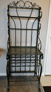not freee wine rack excellent condition