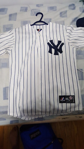 AUTHENTIC MAJESTIC YANKEES JERSEY NEED GONE ASAP