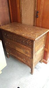Antique Oak Fumed 3-Drawer Dresser
