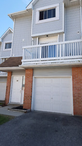 Townhouse for sale (111 Traynor Ave. Unit #10 Kitchener)