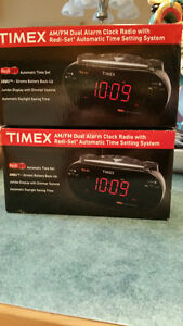 Time Auto time set alarm clocks
