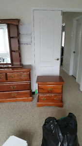 Dressing table for $30
