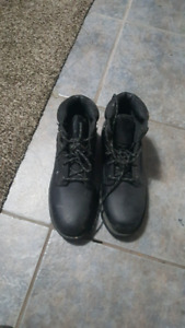 Steel toe boots 8.5 size