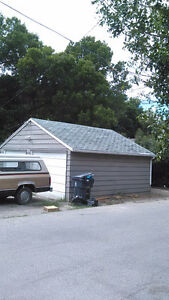 2 CAR HEATED GARAGE FOR RENT $275
